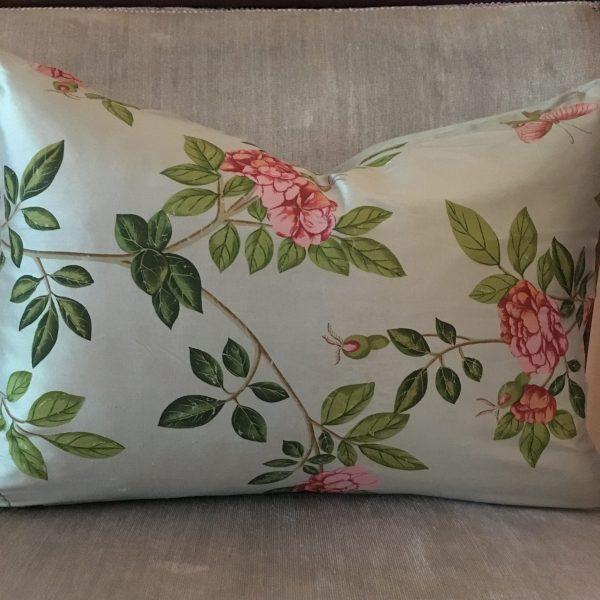 Silk Floral pattern Throw cushion